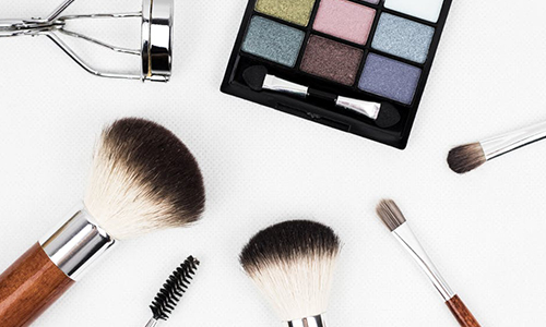 A Beginner's Guide To Makeup Products